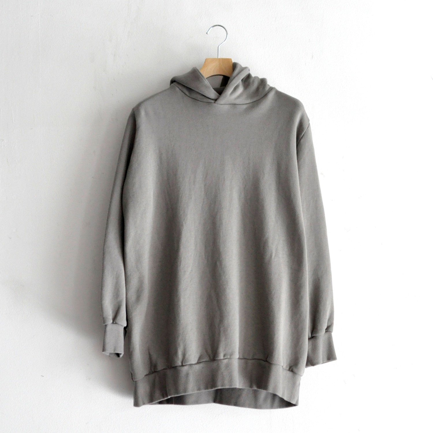 FRENCH TERRY BACK BRUSH HOODIE [SMOKE GREY]