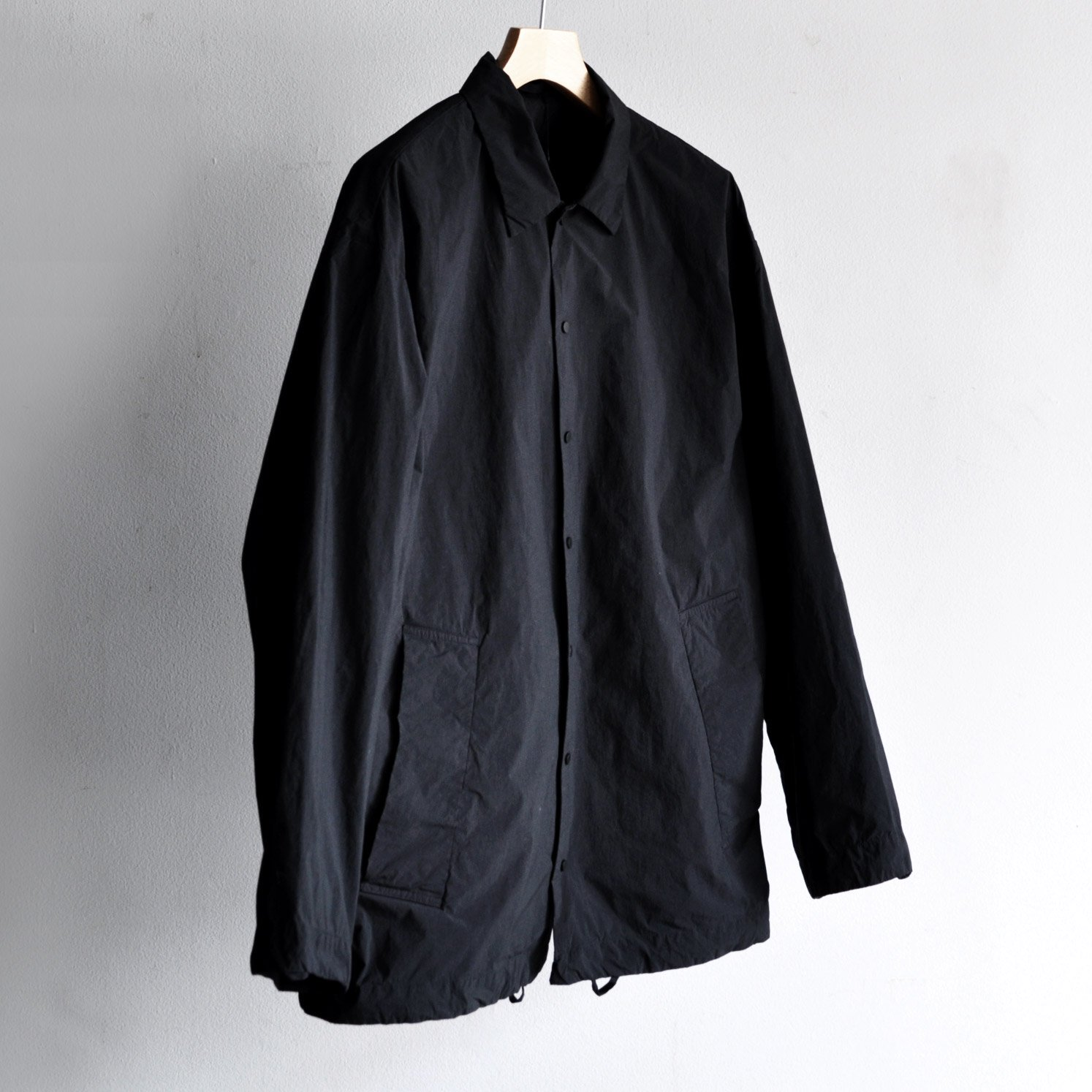 VENTILE NYLON COACH JACKET [BLACK]