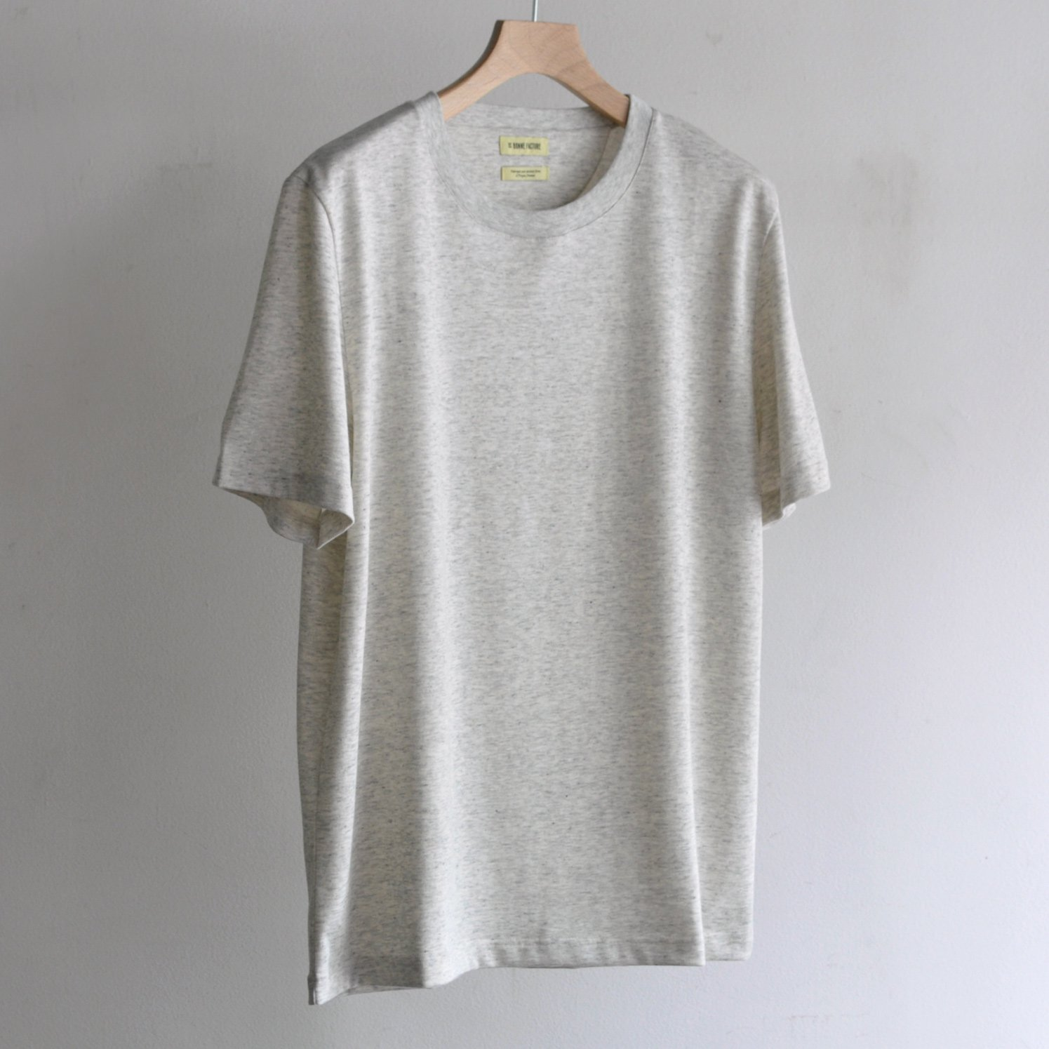ESSENTIAL T-SHIRT [HEATHERED GRAY]