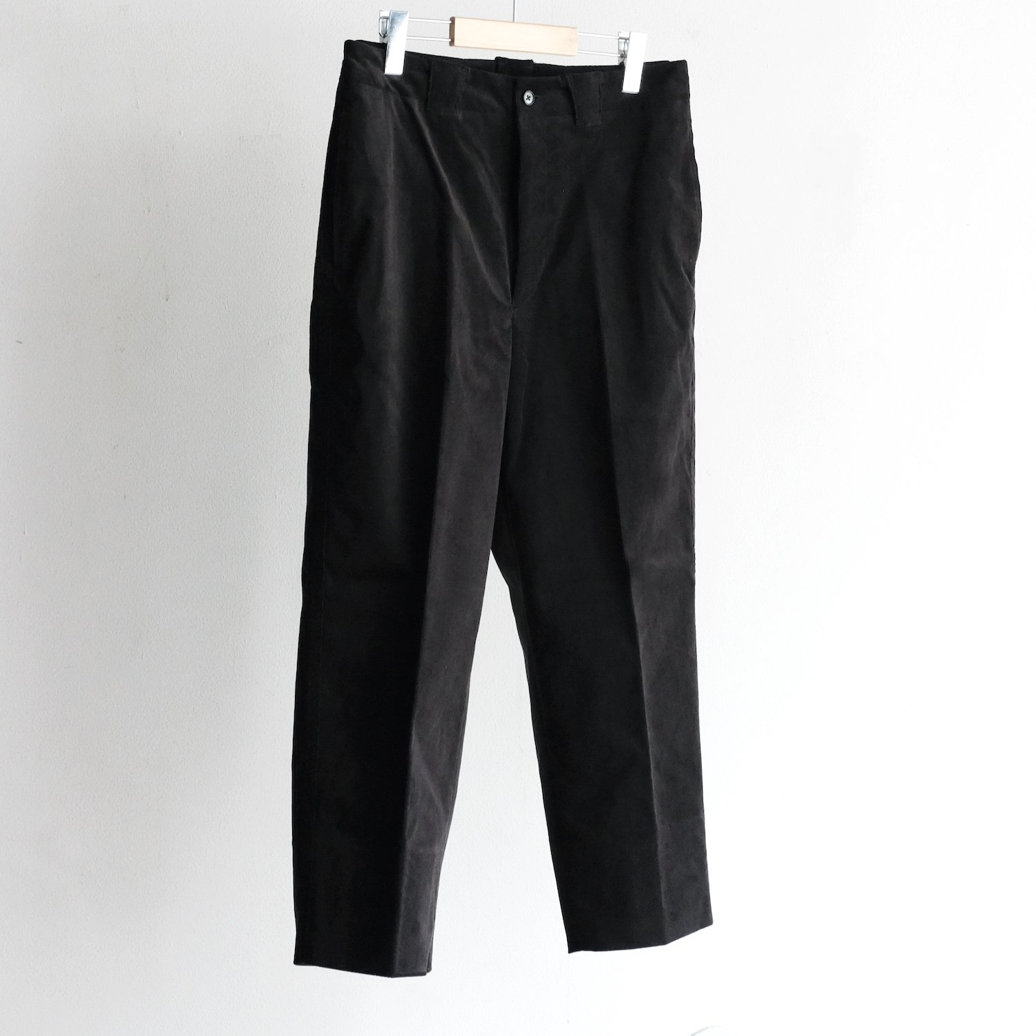 CORDUROY BOX TROUSERS [BLACK]