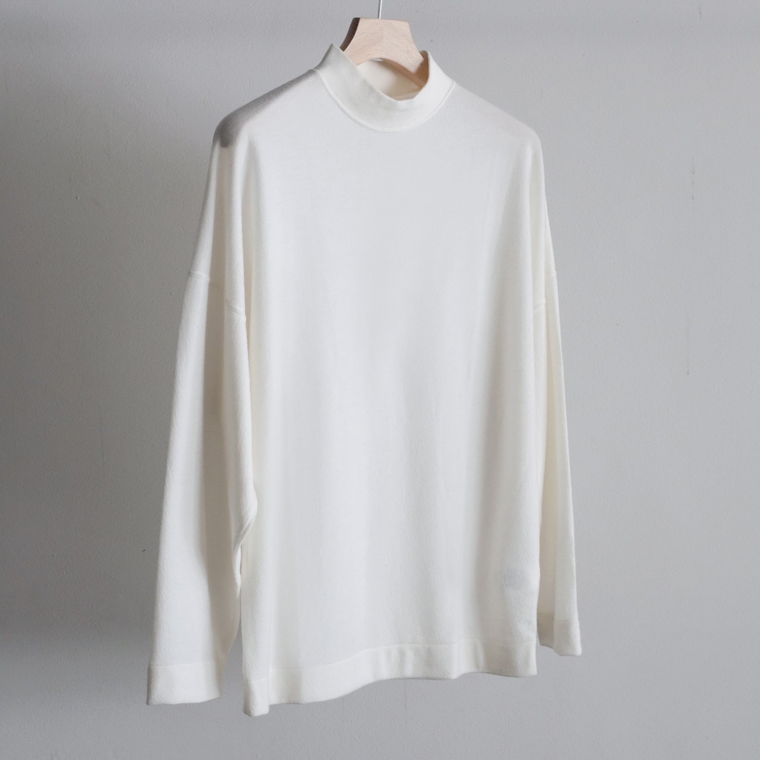 WOOL JERSEY MOCK NECK OVER L/S [OFF WHITE]