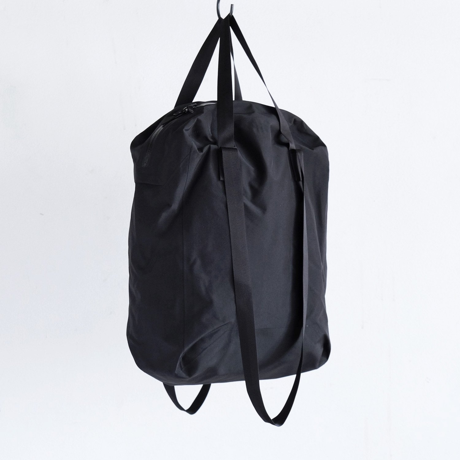 SEQUE RE-SYSTEM TOTE [BLACK]
