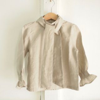 <img class='new_mark_img1' src='//img.shop-pro.jp/img/new/icons20.gif' style='border:none;display:inline;margin:0px;padding:0px;width:auto;' />The Amelie Blouse - Stone