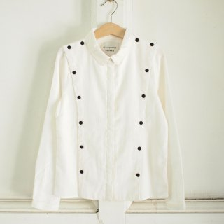 <img class='new_mark_img1' src='//img.shop-pro.jp/img/new/icons20.gif' style='border:none;display:inline;margin:0px;padding:0px;width:auto;' />Emmanuelle Cotton Twill Shirt