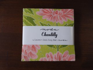 Chantilly : Charm Pack