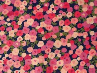 花柄綿ローン生地  REGENT STREET / KENWOOD / NAVY  by Moda Fabrics