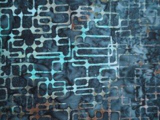 moda バティック生地 藍色 / SWEET BLEND BATICS / SQUARE IN A SQUARE / BLUEBERRY