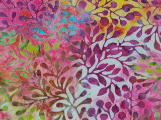 modafabrics 植物柄バティック生地 / CARNIVAL BATIKS / SUNSHINE