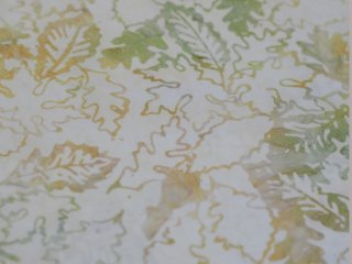 modafabrics 植物葉っぱ柄バティック生地〈白〉 / CARNIVAL BATIKS / CLOUD