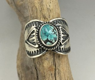 Navajo Sunshine Reeves Kingman Turquoise Ring