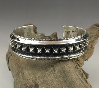 Navajo Aaron Anderson Tufacast Spike Bracelet