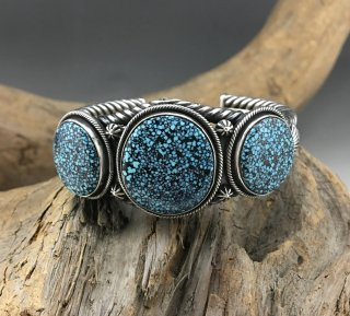Navajo Steve Arviso Spider Web Kingman Turquoise Cuff Bracelet