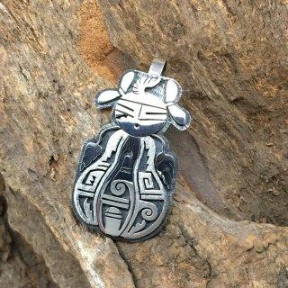 Hopi Berra Tawahongva Overlay Pendant