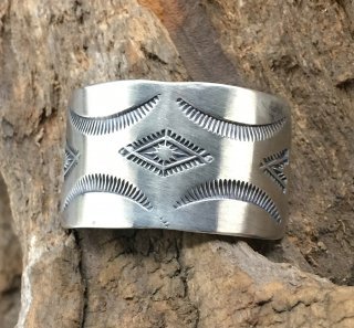 Navajo Arnold Goodluck Silver Hair Cuff Jewelry