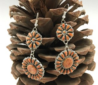 Navajo Leander Nezzie Spiny Oyster Cluster Earrings