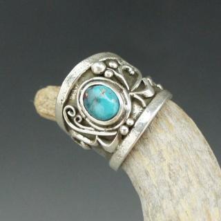 Navajo Lorenzo Shirley Bisbee Turquoise Tufa Cast Ring