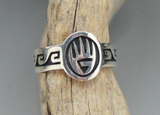 Hopi Fernando Puhuhefvaya Badger Paw Wave Overlay Ring