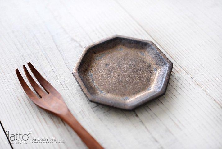 金釉 八角小皿|中川雅佳|豆皿・小皿-02
