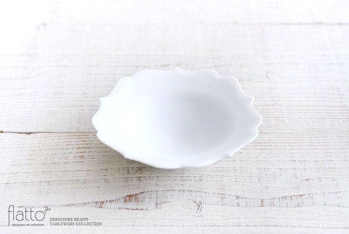 木下和美|白磁輪花小鉢