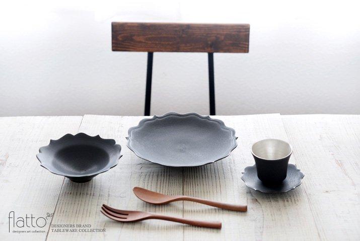 黒釉輪花ケーキ皿 作家「木下和美」-03