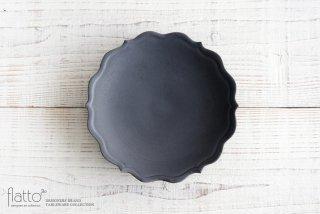 木下和美|黒釉輪花ケーキ皿(21cm)