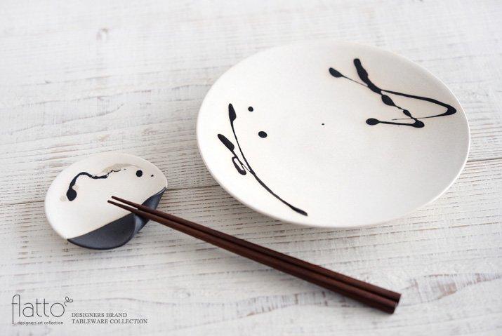 安田宏定|白釉四季彩 掛け分けはしおきプレート3寸(流・黒)-04