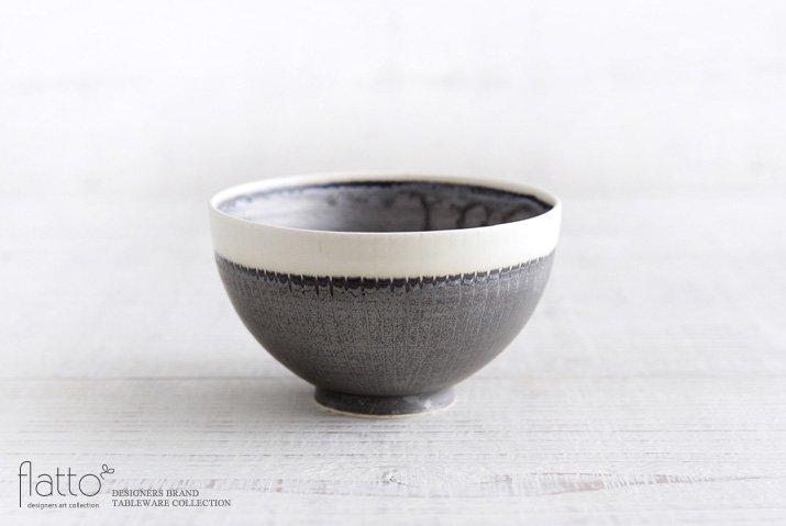 トキノハ|shiro-kuro 飯碗(丸・縁白)