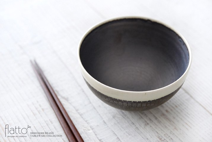 トキノハ|shiro-kuro 飯碗(丸・縁白)-02