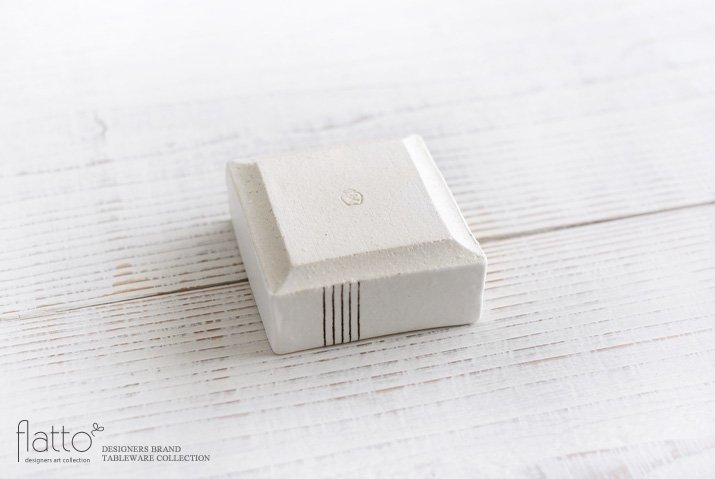 奥田章|十草 角小鉢M-04