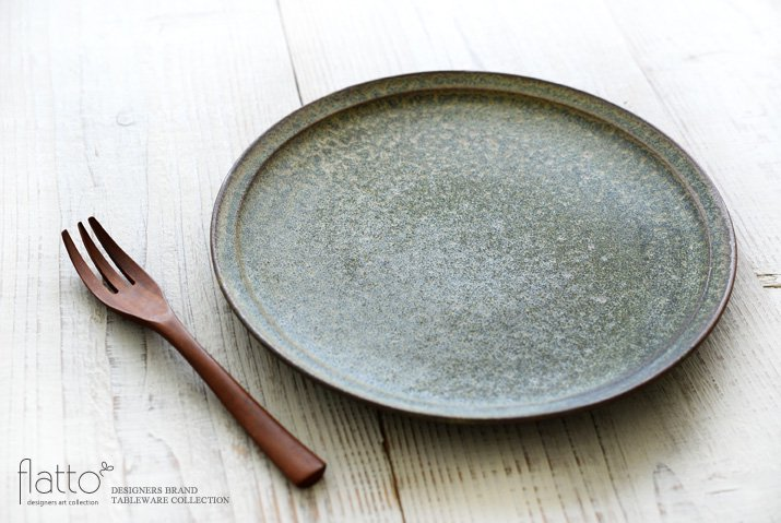 福井亜紀|26cm丸皿(緑砂)-02