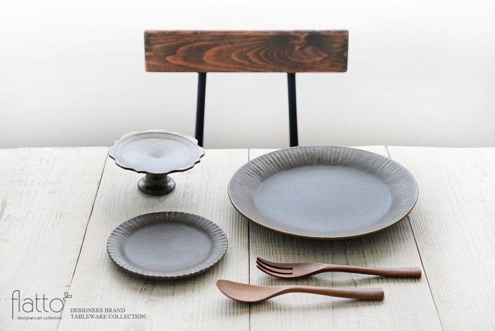 古谷浩一|錆釉 彫刻コンポート皿 13cm-03