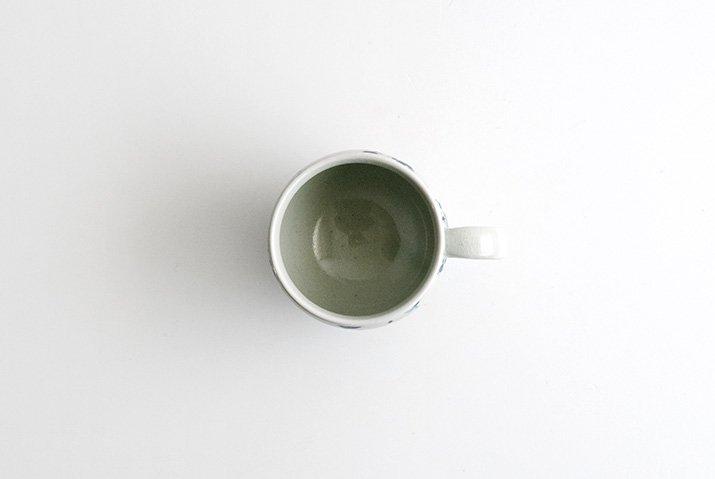 石井桃子|花唐草 マグカップ(壺)-03