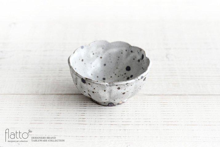 加藤祥孝|グレー粉引 3.5寸輪花鉢