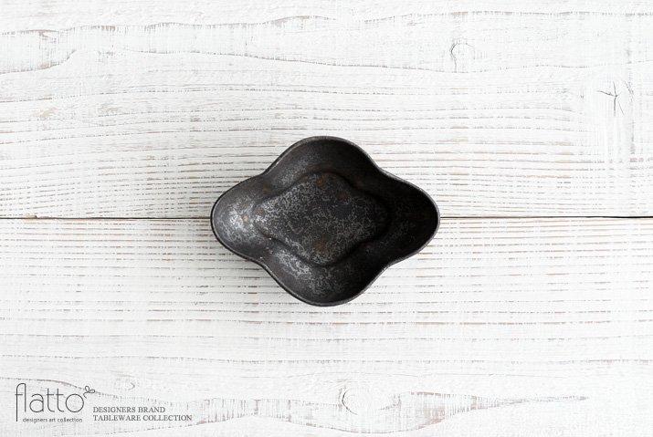 安福由美子|錆木瓜深小鉢
