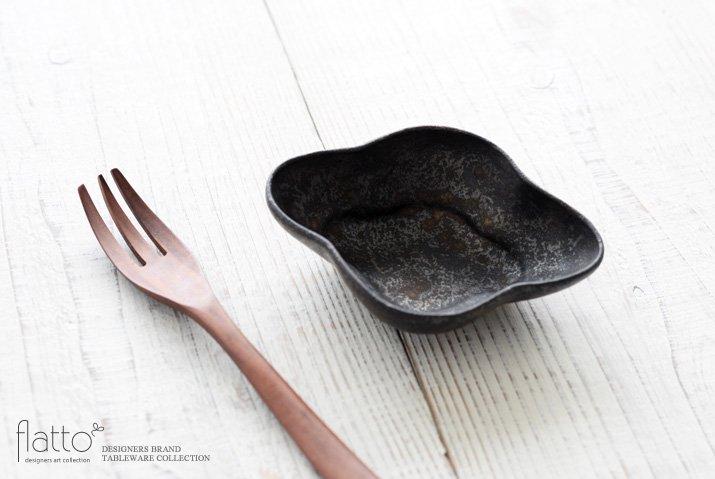安福由美子|錆木瓜深小鉢-02