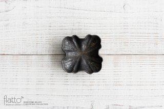 安福由美子|錆フリル四方豆皿
