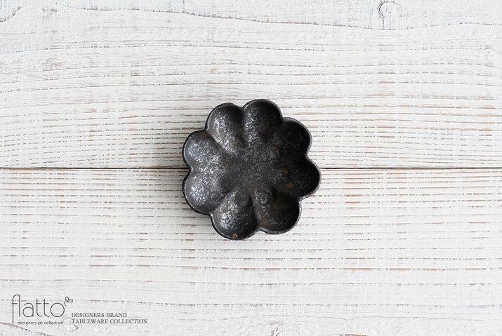 安福由美子|錆輪花豆皿