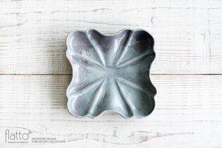 安福由美子|ブルーグレーフリル四方皿