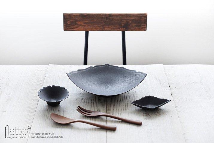 木下和美 黒釉輪花ひし形皿(L)-03