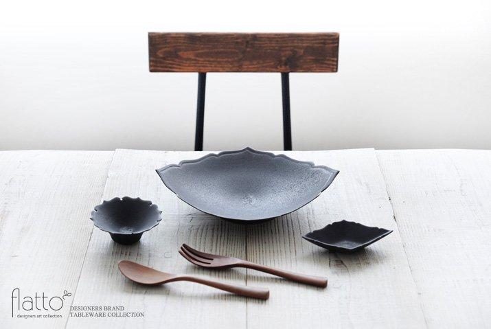 木下和美|黒釉ひし形豆皿-03