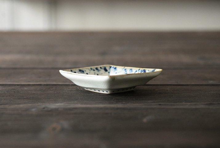 石井桃子|花唐草 ひし形豆皿-03