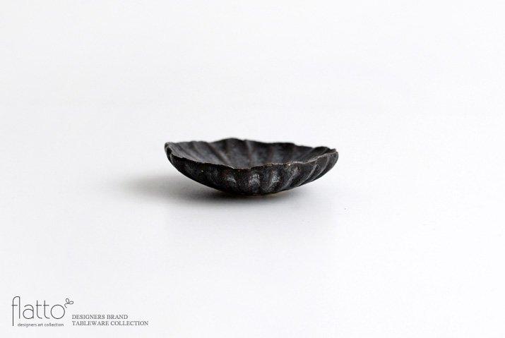 村上直子|黒錆 マーガレット小皿-03