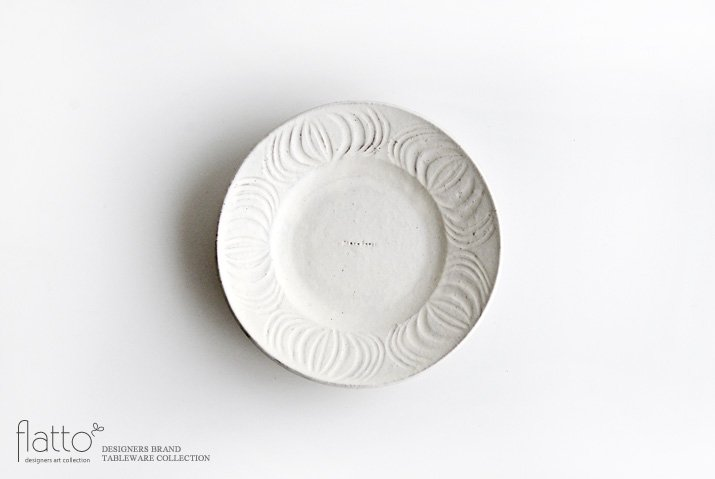 器のしごと|shiro moegi アンティークな小皿