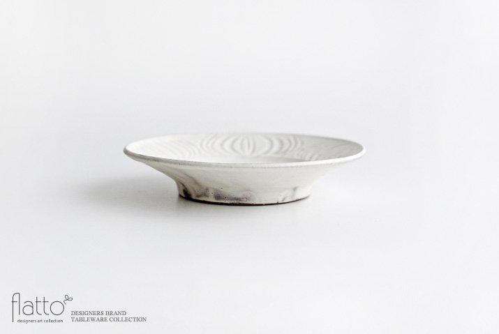 器のしごと|shiro moegi アンティークな小皿-03