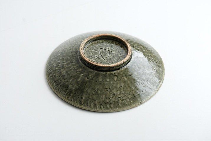 野村佳苗 錆緑釉 6寸皿-04