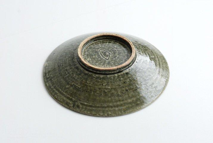 野村佳苗|錆緑釉 7寸皿-04