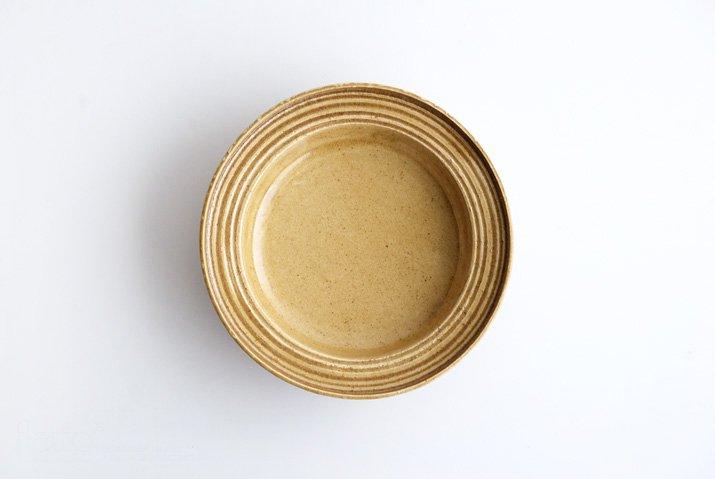 野村佳苗|黄桑釉 櫛目平鉢