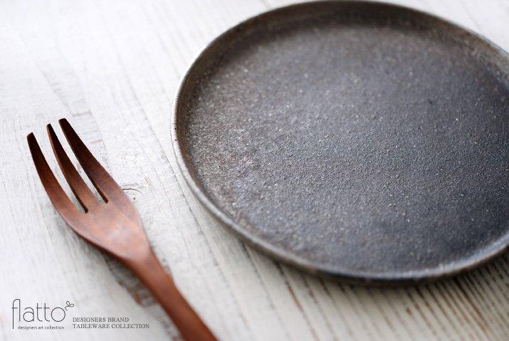 奥田章|ケーキ皿18cm(茶)-02