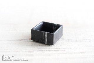 奥田章|黒十草 角小鉢S
