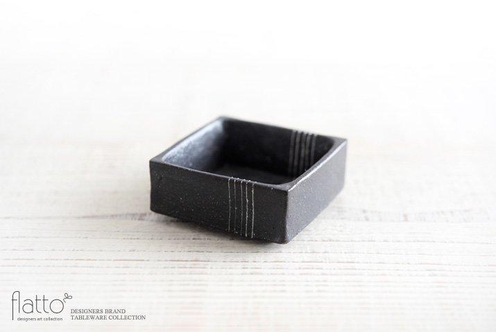 黒十草 角小鉢M 作家「奥田章」